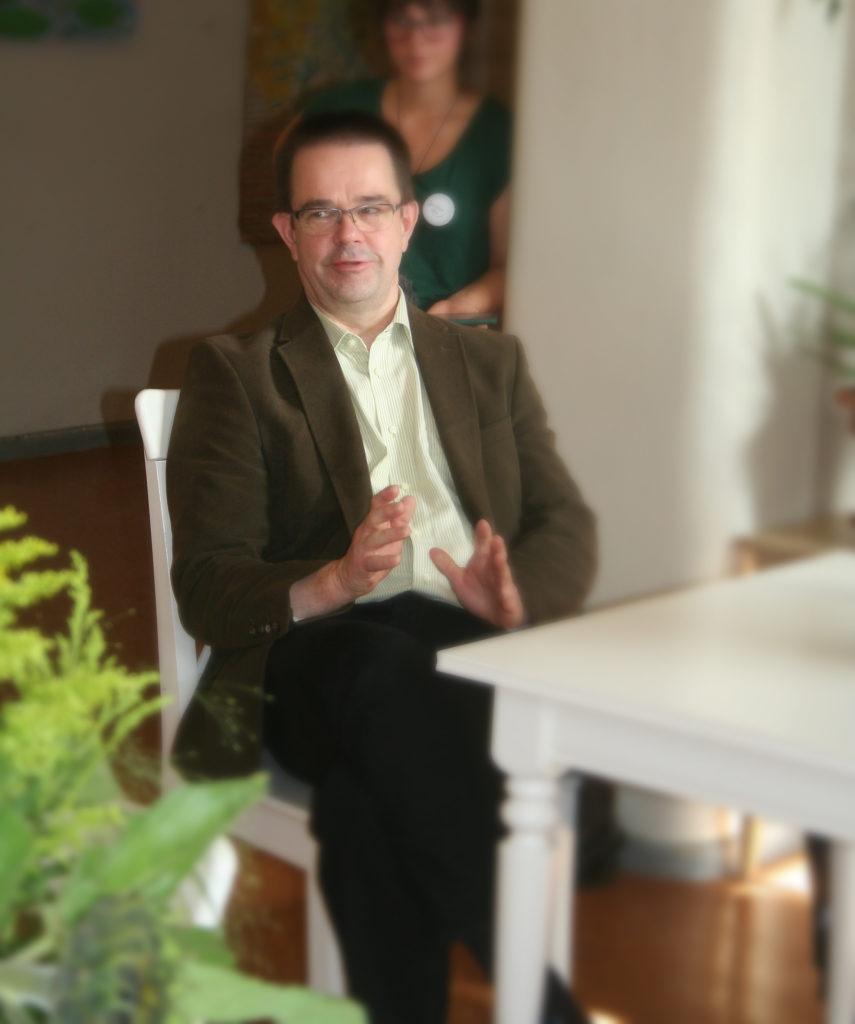 Lykeion Oy:n Antti Kylliäinen Arvo-lupaus-tilaisuudessa