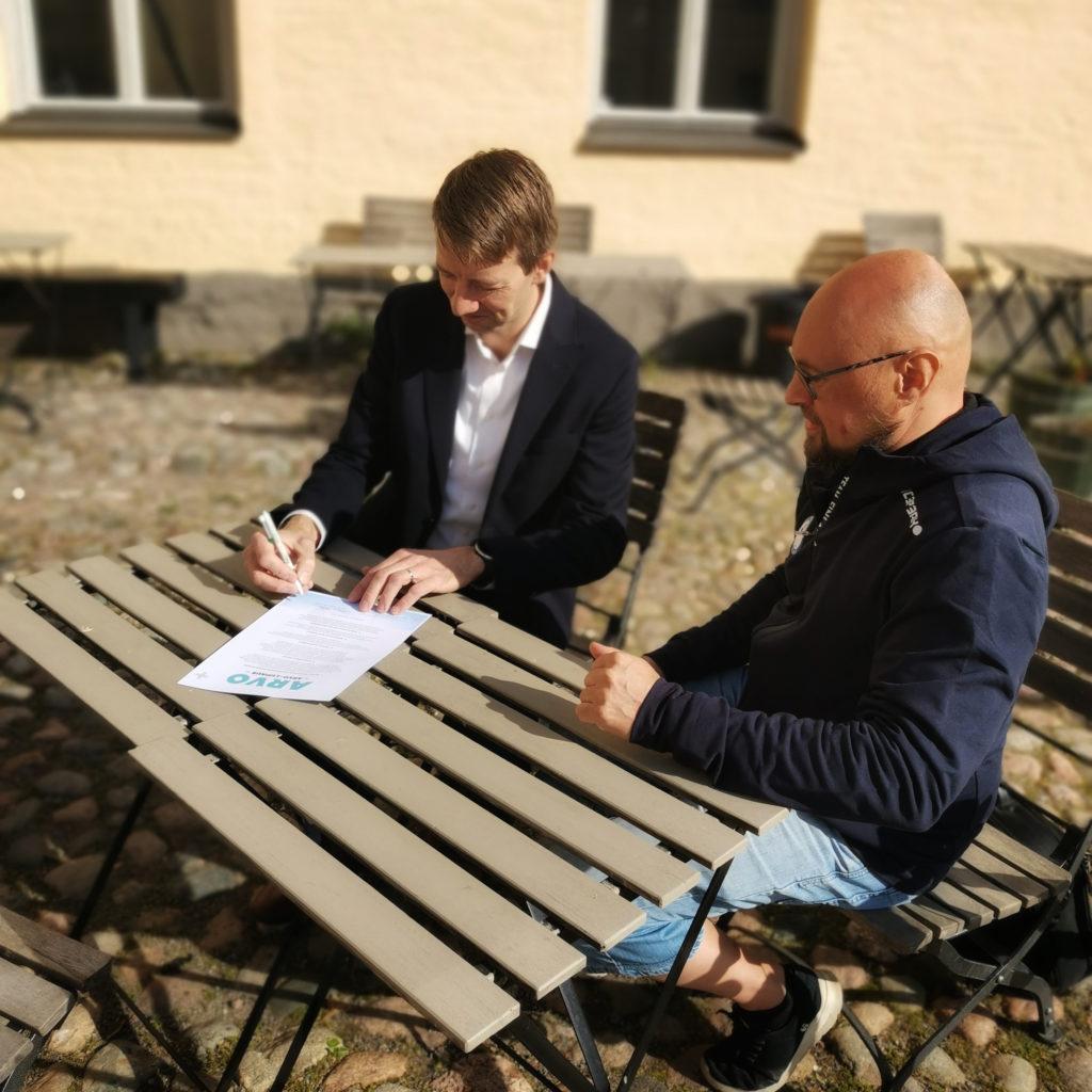 Suomen Paralympiakomitea allekirjoittaa Arvo-lupauksen